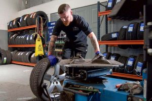 Tyre Fitting - The Motor Company Leicester PPS ltd