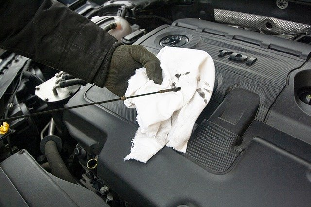 How often to change the oil filter of your car?